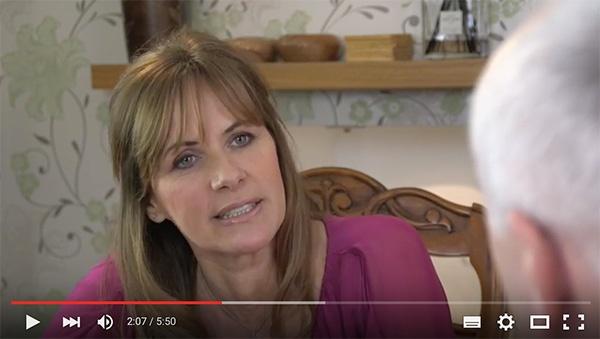 Carol Smillie Ewemove video mentioning Yomdel live chat